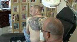 Jürgen Klopp Tattoo, Portrait samt Meisterschale